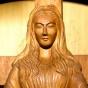 Невероятно, но факт: японская деревянная статуэтка плачет, кровоточит и творит чудеса (ФОТО)