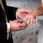 Доктор имедсестра поспешно сыграли свадьбу вбольнице из-за коронавируса