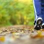 Названа ежедневная норма шагов для молодых людей и пенсионеров