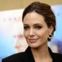 Анджелина Джоли обвиняет экс-супруга в том, что он перевернул ее жизнь