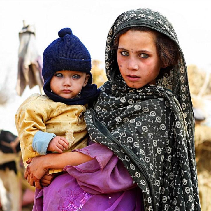 лучшее термобелье фото девушки афганки с красивыми глазами способно защитить