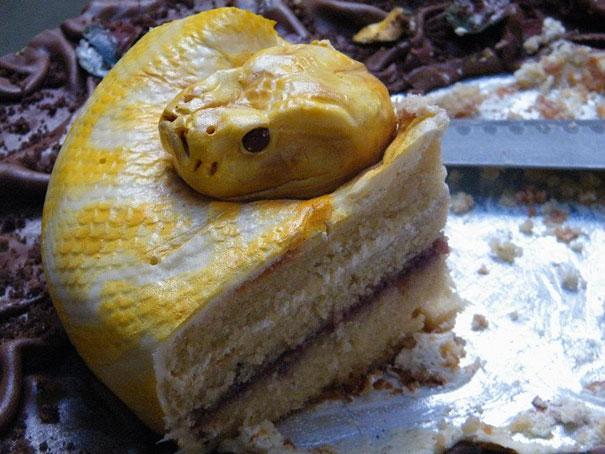 creative-cakes-3-21