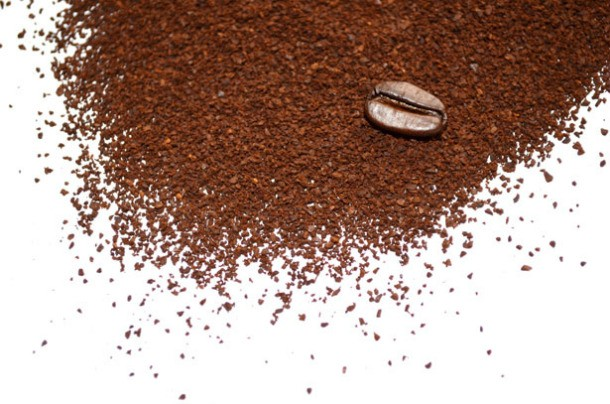 ground-coffee-1323438643coh-610x404